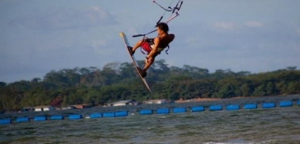 Kite Surfing for 1 Desaru Malaysia