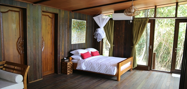 Hibiscus Beach Retreat Borneo | Rustic Chic at the Tip of Borneo