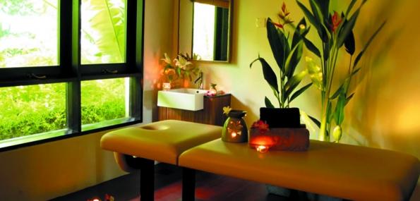 Lush Deep Tissue Massage (90mins) + Champagne