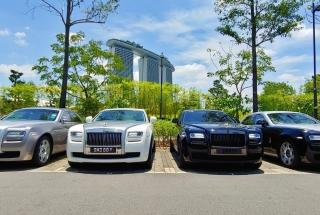 Rolls Royce Ghost Limousine Service - 1 Way Transfer